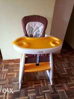 2 in 1 Feeding chair (Used)