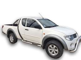 2011 Mitsubishi Triton Clubcab 133000km 2.5DID manual R179990