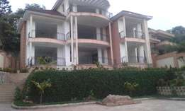 KISAASI: 5 bedrooms House on 100 by 100 for sale at 700m negotiable