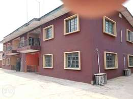 4 units of 3 bedrooms for sale at oluyole main