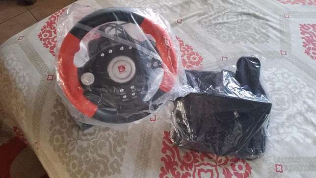 DILONG P3808 Racing Wheel ( Emaculate Condition) Used Once Wadeville - image 2