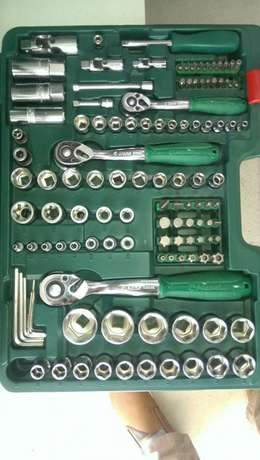 looking to ease your mechanical work Complete box spanner kit Nairobi CBD - image 2