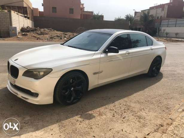 BMW 730 with a B7 Alpina kit جدة -  6
