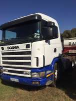 scanie double axle truck tractor