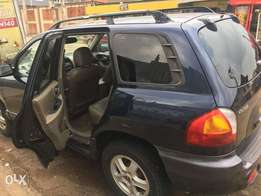 Hyundai santafe 2004 model tokunbo at a give away price