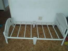 Toddler bed -sell or swap what heve you