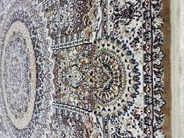 Hand mad Persian carpet for sale only 2999