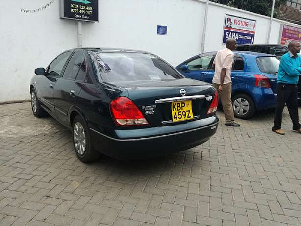 Nissan Sunny supper salon Nairobi CBD - image 5