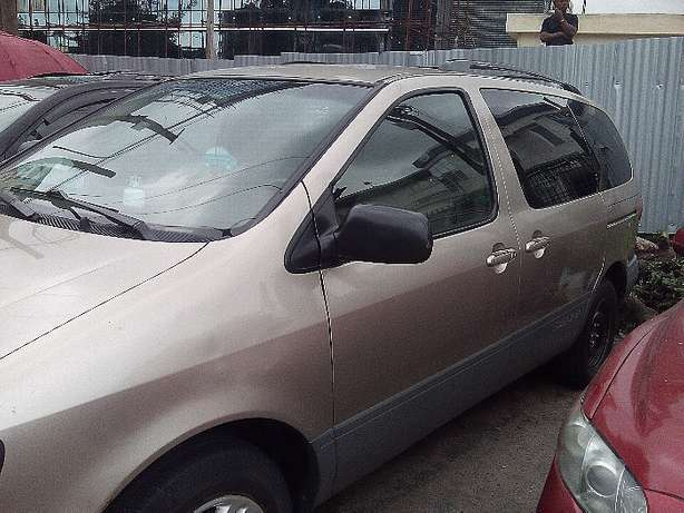 Toyota Sienna-2002 model-registered Yaba - image 4