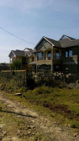 Plot for sale kamiti corner with unfinished 4bdr bungalow Kamiti - image 4