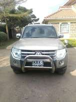Excellent Mitsubishi Pajero with Petrol Engine