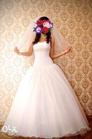 Нежное свадебное платье  3 000 грн. - Весільні сукні Одеса на Olx a6a4c8a6cc7d1