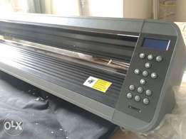 4 feet Plotter cutting machine