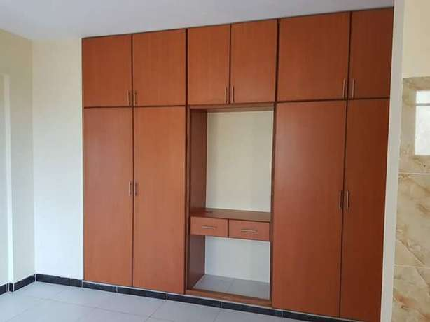 PRISTINE 3 bedroom APARTMENT with Generator back up power and pool Nyali - image 5