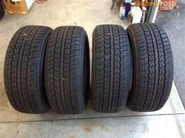 Set of 285/65/17 tyres Almost New For your LandCruser