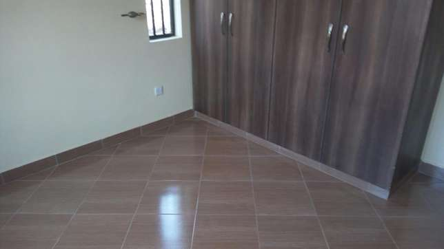 Spacious 2 bedroom master en-suit Ruaka - image 3