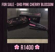 GHD .. HAIR STRAIGHTNER ... limited cherry blossom edition