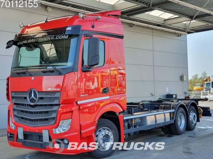 Mercedes-Benz Actros 2543 LS 6X2 Retarder NAVI Liftachse Standklima Euro 6 - 2015
