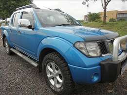 Nissan Navara 4.0 V6 4X4 D/C. Extremely neat condition inside-out