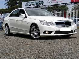 Mercedes E250 with Panaromic Roof