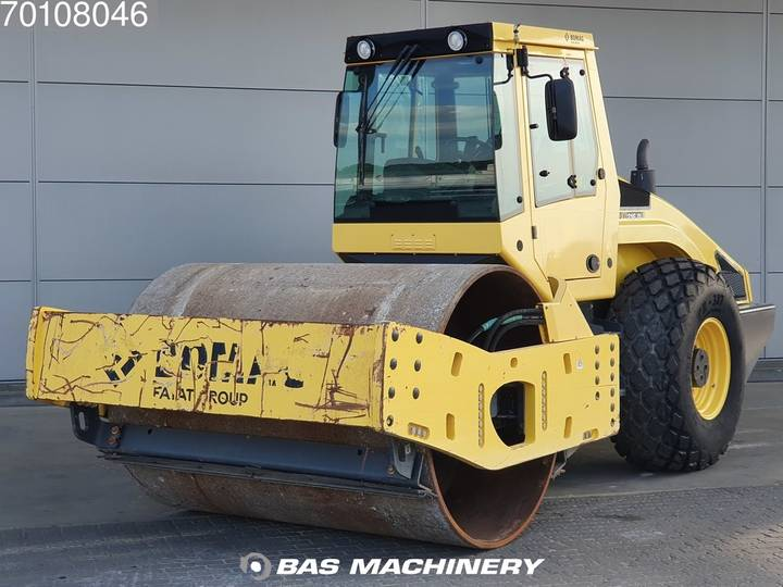 BOMAG BW216 D-4 LIKE NEW - LOW HOURS - 2014