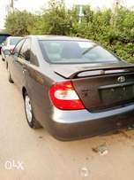 2004 Toyota camry Sport(ACCIDENT FREE)