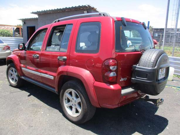 Jeep cherokee 3.7 limited Automatic, 5-Doors, Factory A/c, C/d Play Johannesburg CBD - image 1