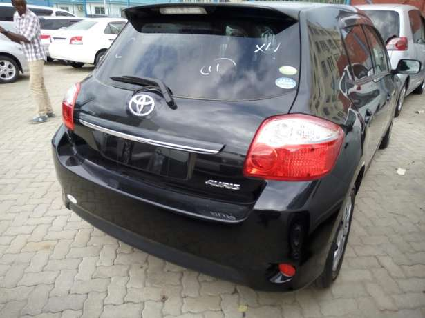 New import new number Toyota Auris Black Fully loaded Mombasa Island - image 4