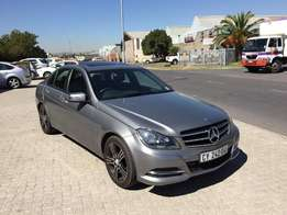 2014 Mercedes Benz C200 CDI up for graps