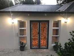 Beautiful Renovated Garden Cottage For Rent
