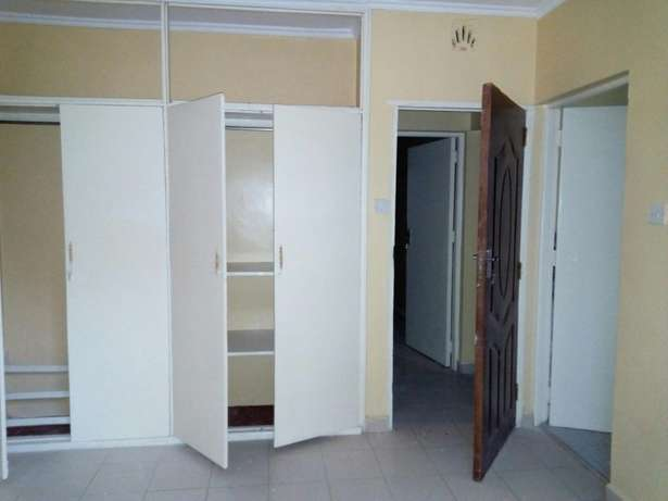 Very spacious three bedrooms masters enseut Ongata Rongai - image 7