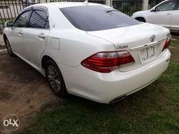 White Toyota Crown royal saloon 2010 model. KCP