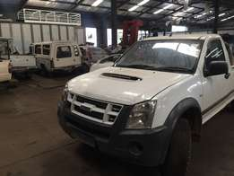 Isuzu kb 300 D-TEQ Striping for spares