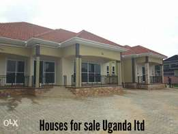 Five bedrooms house for sale in Kira and many more options