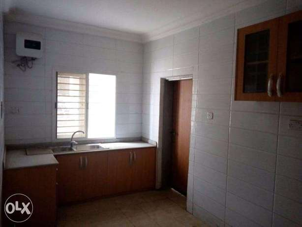 Executive 2 Bedroom Flat at Magodo GRA Lagos Mainland - image 4