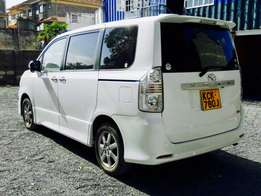 toyota voxy just arrived loaded kirameki 2009 kck at 1,499,999/= ono