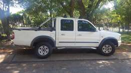 2004 White Ford Ranger Double Cab 4 x 4