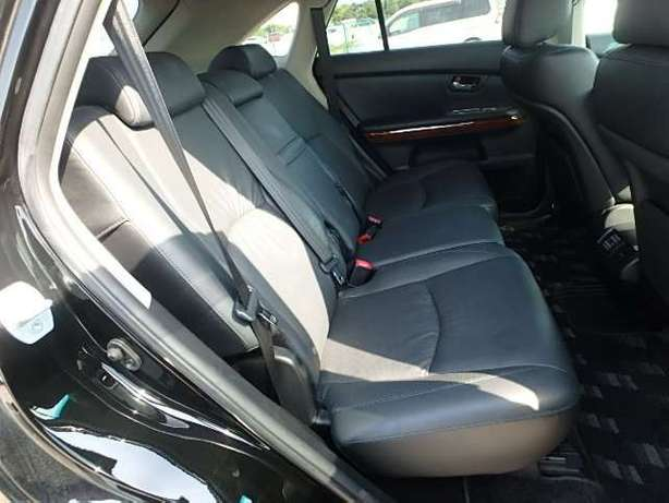 Toyota Harrier, KCN,leather seats City Centre - image 8
