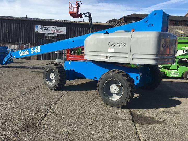 Genie S85 4x4 - 2002