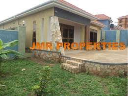 Spectacular 3 bedroom 3 baths crib for sale in Kisaasi city at 260m