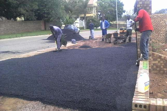 Tarring , paving industrial and residential areas Ogies - image 1