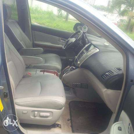 Tincan Cleared Tokunbo, Lexus RX330, 2005, Very OK Lagos Island East - image 2