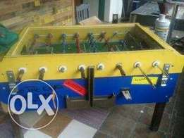 coin operated fooz ball table