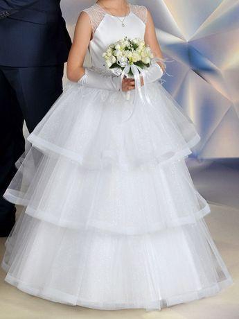 9f60f6dddb Zjawiskowa Sukienka Komunijna Emmi Mariage z kolekcji Exclusive Pabianice -  image 1