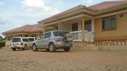 Two bedroom house for rent in namugongo at 500k