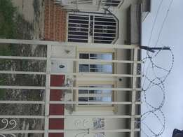 To let, semi detached 2bedroom bungalow at area 10