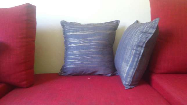 Fine fibre throw pillows pillows Nairobi West - image 6
