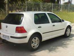 VW Glolf 4 lady driver