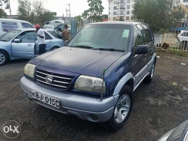Suzuki Escudo Manual transmission, very clean. Buy and drive Embakasi - image 1