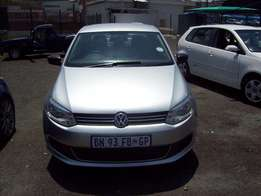 VW Polo 6 1.6 2011 Model,5 Doors factory A/C And C/D Player